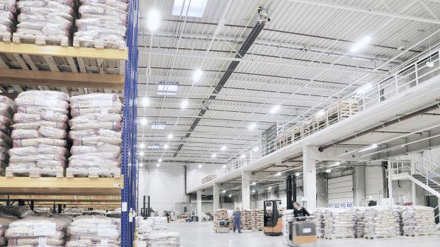 Uniform heat distribution in a logistics building